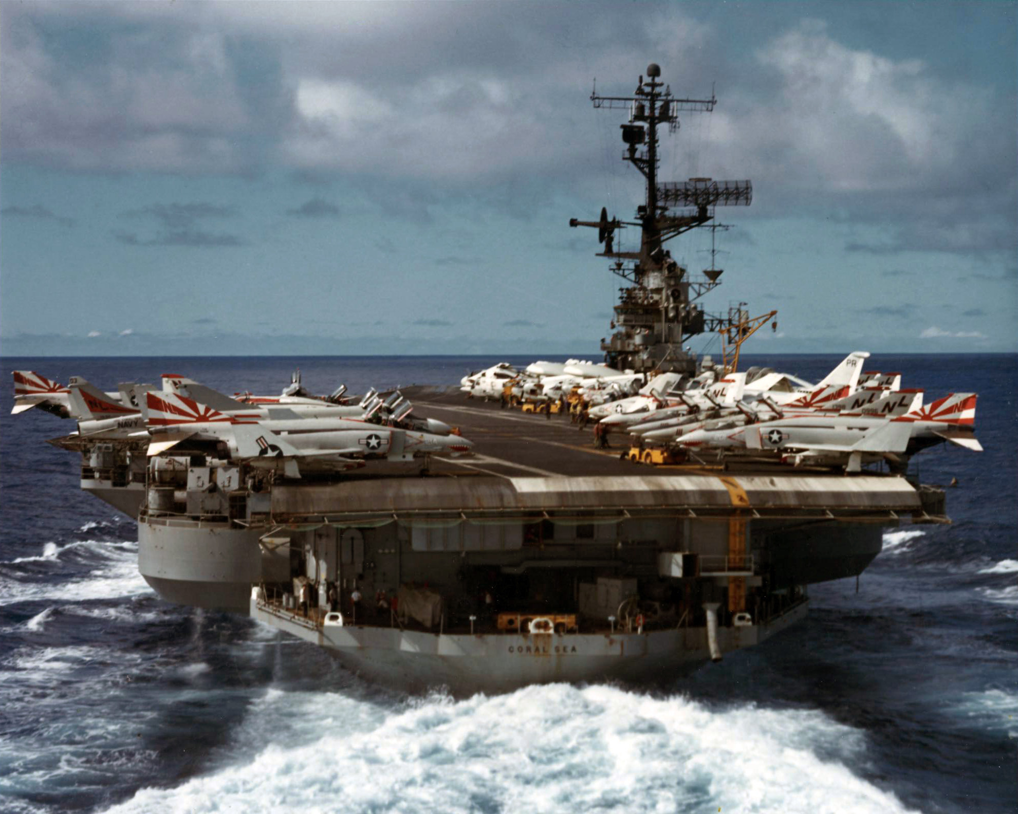 USS_Coral_Sea_(CVA-43)_stern_view_c1972.