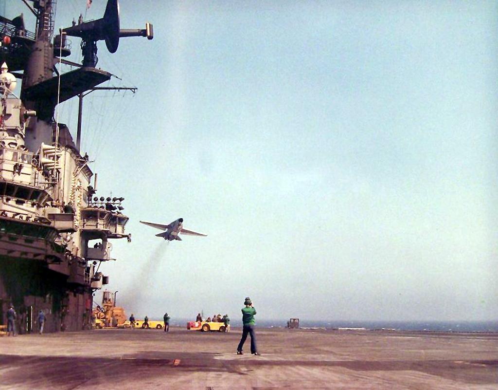 Jun 23, 1968 - USS Coral Sea F-111B Carrier Trials.
