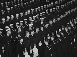 '[USS CORAL SEA TRIBUTE SITE]' from the web at 'http://www.usscoralsea.net/images/vtn_cvb431952inspectionKC.jpg'