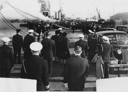 '[USS CORAL SEA TRIBUTE SITE]' from the web at 'http://www.usscoralsea.net/images/vtn_web_commFB194722.jpg'