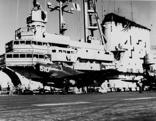 '[USS CORAL SEA TRIBUTE SITE]' from the web at 'http://www.usscoralsea.net/images/vtn_web_cvb43195108142NNAM2.jpg'